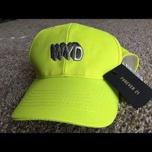 NWT F21 'WYD' baseball hat